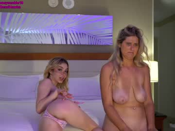 https://roomimg.stream.highwebmedia.com/ri/19honeysuckle.jpg?1581900780