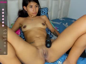 _18_sofia at Chaturbate