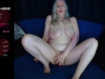 Boobs [8 tokens left] #bigboobs 10tk #strokeitforme #c2c 26tk or in #private