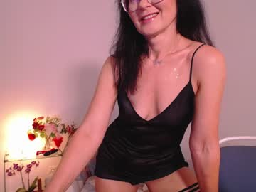 adelina_shinechr(92)s chat room