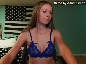 https://roomimg.stream.highwebmedia.com/ri/anabelleleigh.jpg?1555949970
