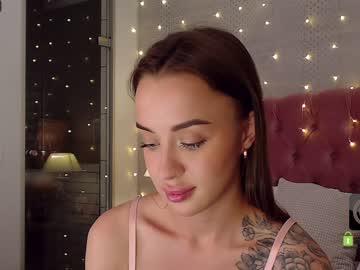 april_brownn's chat room