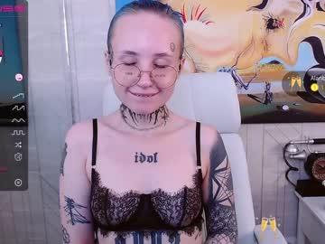 aryanaughtychr(92)s chat room