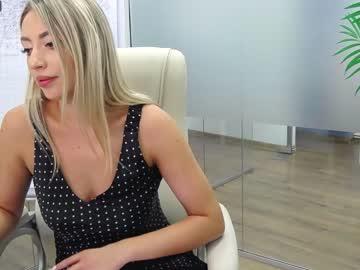 babesgowildchr(92)s chat room