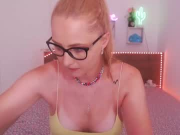blondenatasha's chat room