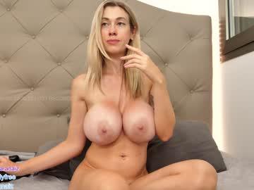 https://roomimg.stream.highwebmedia.com/ri/bunnyblondy.jpg?1586277570