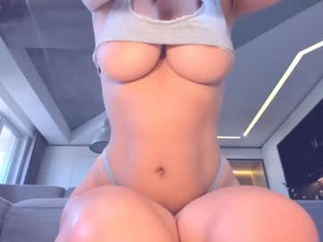 caligirllxchr(92)s chat room