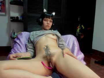 carla_moon_'s chat room