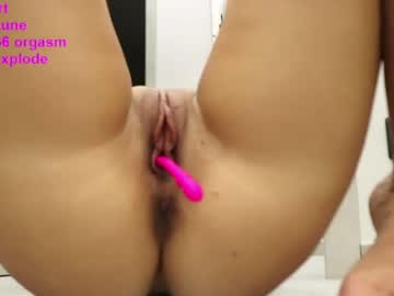 Cooperative female CATTY190 (Catty190) madly shattered by beautiful cock on free xxx chat