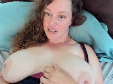 https://roomimg.stream.highwebmedia.com/ri/chantarra.jpg?1590732750