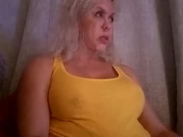 https://roomimg.stream.highwebmedia.com/ri/cheatinwife.jpg?1555880430