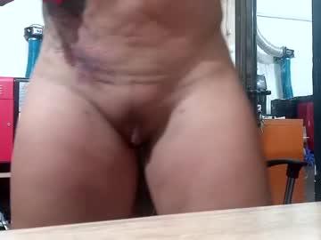 https://roomimg.stream.highwebmedia.com/ri/cheatinwife.jpg?1558372620