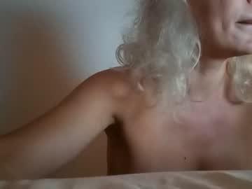 https://roomimg.stream.highwebmedia.com/ri/cheatinwife.jpg?1558879350