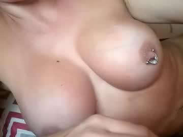 https://roomimg.stream.highwebmedia.com/ri/cheatinwife.jpg?1563744990
