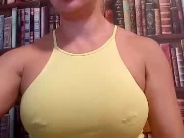 https://roomimg.stream.highwebmedia.com/ri/cheatinwife.jpg?1563754050