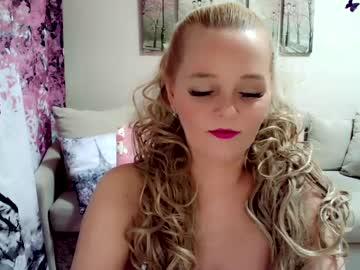 Tired slut Christina (Christirose) fervently bangs with erratic fist on free adult chat