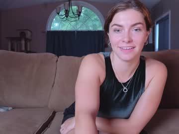 https://roomimg.stream.highwebmedia.com/ri/chroniclove.jpg?1553632680
