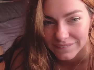 https://roomimg.stream.highwebmedia.com/ri/chroniclove.jpg?1556058450