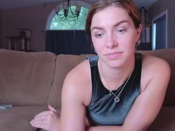 https://roomimg.stream.highwebmedia.com/ri/chroniclove.jpg?1563235080