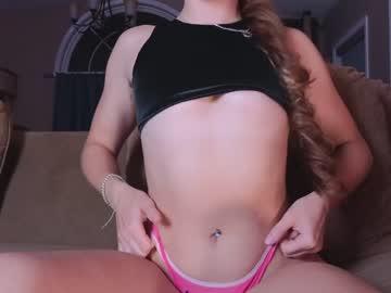 https://roomimg.stream.highwebmedia.com/ri/chroniclove.jpg?1566277290