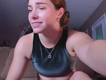 https://roomimg.stream.highwebmedia.com/ri/chroniclove.jpg?1566522270