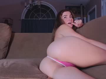 https://roomimg.stream.highwebmedia.com/ri/chroniclove.jpg?1586228190