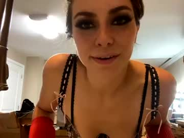 https://roomimg.stream.highwebmedia.com/ri/chroniclove.jpg?1590721620