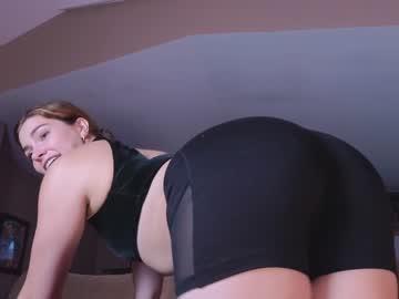 https://roomimg.stream.highwebmedia.com/ri/chroniclove.jpg?1594364160