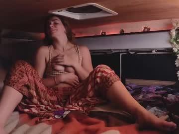 https://roomimg.stream.highwebmedia.com/ri/chroniclove.jpg?1596505500