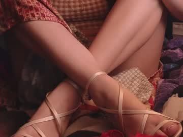 https://roomimg.stream.highwebmedia.com/ri/chroniclove.jpg?1596509310