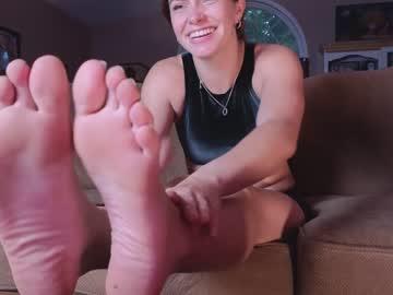 https://roomimg.stream.highwebmedia.com/ri/chroniclove.jpg?1596510030