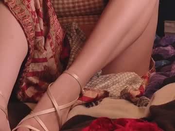 https://roomimg.stream.highwebmedia.com/ri/chroniclove.jpg?1596867930