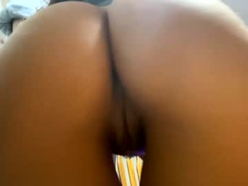 https://roomimg.stream.highwebmedia.com/ri/chroniclove.jpg?1597360620