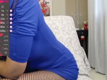 Uptight diva ClassDeb (Classdeb) quietly bangs with calm toy on sex chat