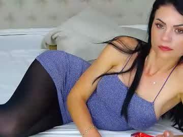 crystallluv online webcam