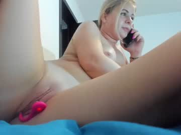 cutegirl560's chat room