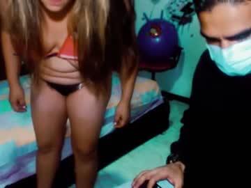 Fresh companion Blondeepcreampi69 (Dannieparis) cheerfully mates with splendid toy on online xxx chat