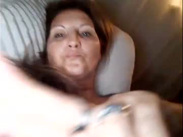 divineblond's chat room