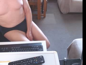 Modern girlfriend Dutchpornking2 lively destroyed by resentful dildo on adult webcam