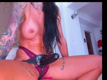 https://roomimg.stream.highwebmedia.com/ri/eves_bodyxxx.jpg?1571222130