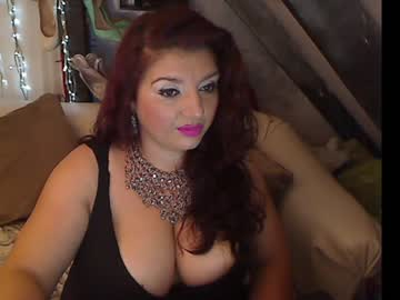 Courageous bitch french doll (Frenchdoll) badly screws with sensitive toy on xxx chat