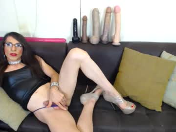 Watch gianina_cd free live sex cam show