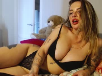 goldenbabex at Chaturbate