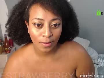 hallestrawberry69's chat room