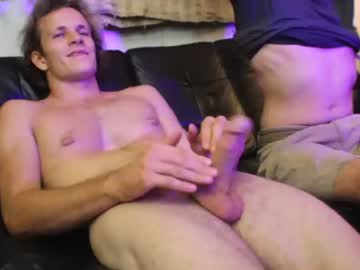 hollandhousestudios's chat room