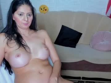 hotdelightsxy's chat room