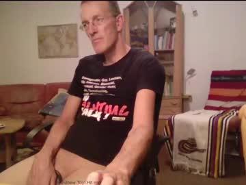 juka14chr(92)s chat room