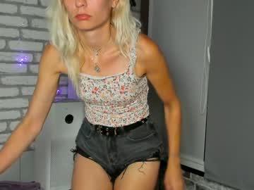 karoline121chr(92)s chat room