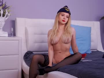 https://roomimg.stream.highwebmedia.com/ri/kittycaitlin.jpg?1556057310