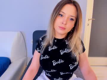 https://roomimg.stream.highwebmedia.com/ri/kittycaitlin.jpg?1563765450